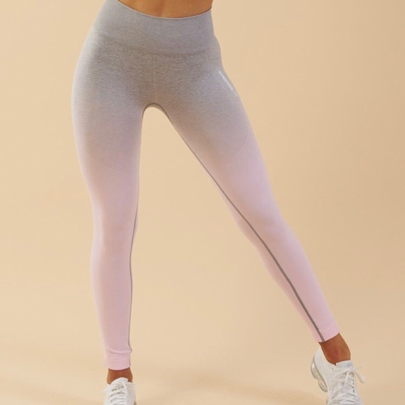 b7a1b3715c004 Gymshark Ombre Seamless Leggings - Size Small. M_5c3e6c17aa8770528016131c